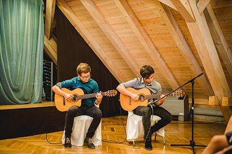 Akustik Gitarrenduo für Events, Hochzeiten und Geburtstage
